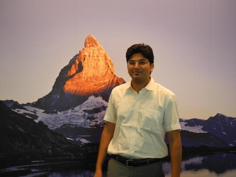 Daetwyler SwissTec Mitarbeiter Manish Lokhande