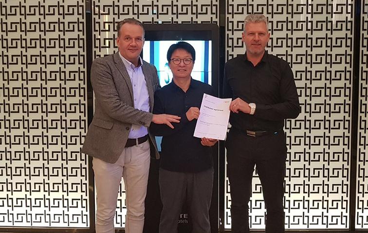Daetwyler SwissTec Gruppenbild neuer Vertriebspartner Südkorea